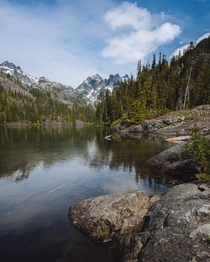 Another Beautiful Alpine Lake Central Cascades Washington
