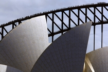 Arch of the Sydney Harbour Bridge behind the Sydney Opera House