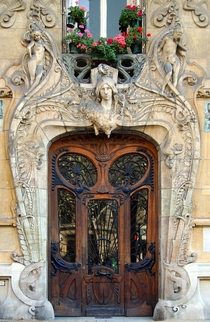 Art Nouveau door by Jules Lavirotte in Paris France