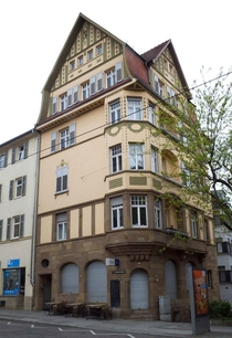 Art Nouveau tavern and residential building in Stuttgart