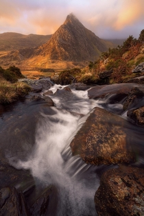 As the sun rises we have a chance at life again live it Took this at Tryfan Snowdonia Wales