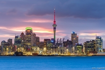 Auckland Skyline from Davenport  by Loc Lagarde - crossposted from rNZPhotos