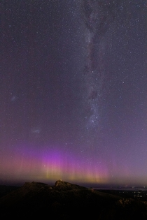 Aurora Australis and Milky Way single exposure Christchurch New Zealand