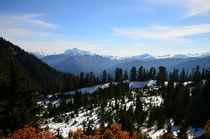 Autumn day on the edge of North Cascades National Park Washington x