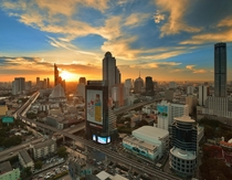 Bangkok Twilight - photo by Chatchai Lakamankong