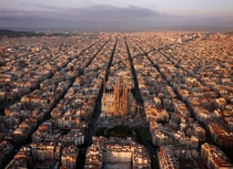Barcelona Spain has  road intersections per square kilometers the highest in the world