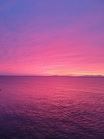 beautiful beautiful sunset last night in burghead scotland  taken on the wee cliff next to my flat no editing no filter