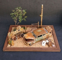 Beautiful Miniature Abandoned Diorama