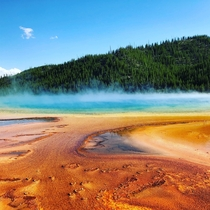 Best picture Ive ever taken Prismatic pool Yellowstone Park x