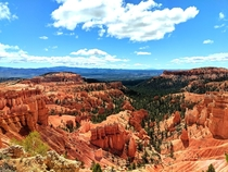 Blue red and green seem to collide with one another perfectly in Bryce Canyon