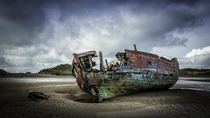 Boat wreck in Crow Point North Devon England  by Roy Anderson