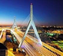 Bostons Leonard Zakim Bridge at dusk