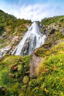 Bowen Falls New Zealand  IG Laxad