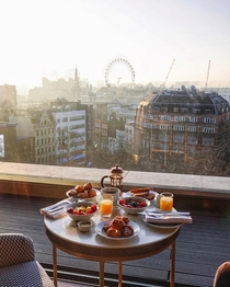 Breakfast in London