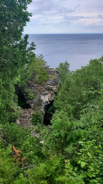 Bruce Peninsula ON Canada The Devils Pulpit cap dolomite flowerpot formation aka minecraft IRL  x