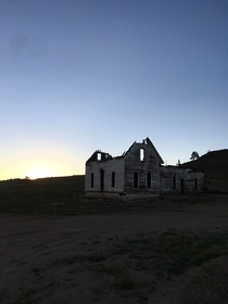 Burned out settlers home in Colorado USA