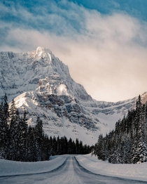 Canadas Icefields Parkway Epic mountains around every corner