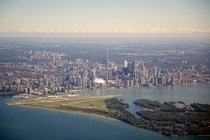 Canadas metropolis Toronto in all of its glory
