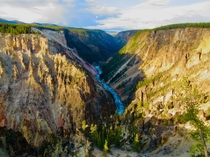 Canyon area of Yellowstone Natl Park WY