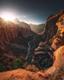 Canyon Overlook - Zion National Park Utah