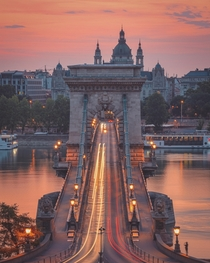 Capturing car light trails on the Szchenyi Chain Bridge Budapest Hungary  peterseljan  httpswwwinstagramcompBmEVJwBKMP