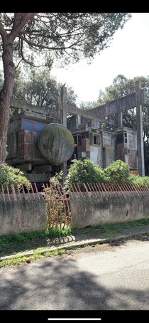 Casa Sperimentale Abandoned brutalist style home built by a family of architects Fregene Italy