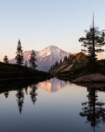 Chasing a sunset at Mount Shasta California