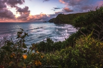 Check out this amazing sunset hike at Polulu Valley Hawaii
