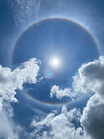 Circular rainbow appeared above Singapore skies What a phenomenon