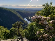 Climbed off the edge of a cliff to get this photo from Mount Tammany in the Delaware Water Gap