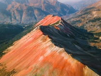 Colorados Red Mountain One of the most bizarre and beautiful places in the state and you can drive to the top of it