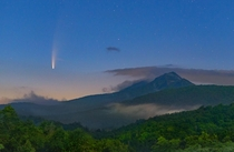 Comet NW beside Grandfather Mountain NC