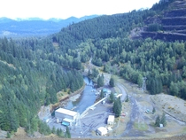 Cougar Dam on the McKenzie River Oregon