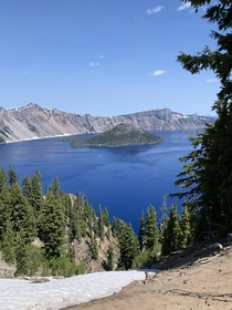 Crater lake in Mount Shasta CA