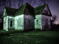 Creepy abandoned farm house in North Texas