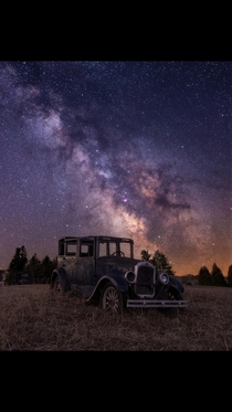 Crosspost from rbeamazed of a model A abandoned in a field