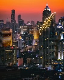 Cyberpunk Bangkok at night
