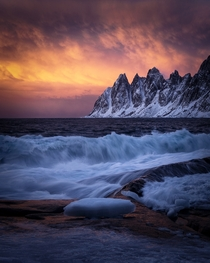 Dancing with the devil Tungeneset Senja Norway