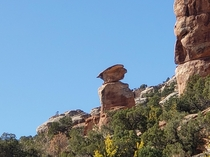 Devils Kitchen Hiking Trail Grand Junction Colorado  Looks like a stone face looking at a stone bird
