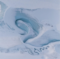 DeVries Glacier captured by NASA satellite