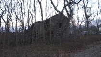 Dont remember exactly where but I took this picture of an old barn somewhere near Smithfield Virginia
