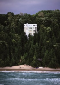 Douglas House Overlooking Lake Michigan by Richard Meier