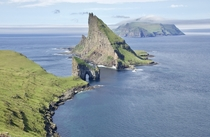 Drangarnir Tindhlmur and Mykines Dramatic formations of the Faroe Islands