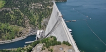Dworshak dam The tallest tallest concrete straight axis dam in the western hemisphere Resubmitted with resolution