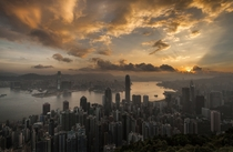 Early Morning in Hong Kong  by Ari Mahardhika