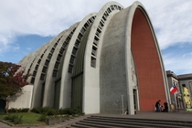 Earthquake Resistant Cathedral in Chile after a  earthquake in