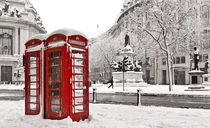 Easy to find telephone booths in London England