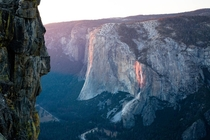 El Capitan Yosemite You can see the scars from a major rockfall that occured in Sept