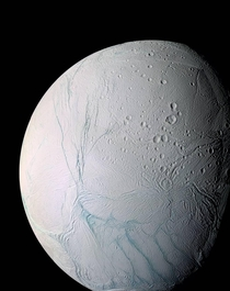 Enceladus Saturns Ocean Moon - the most beautiful Celestial Body IMO