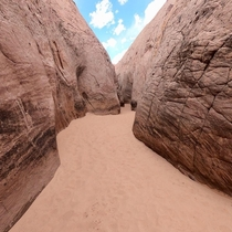 Entrance to Zebra Slot Canyon Utah